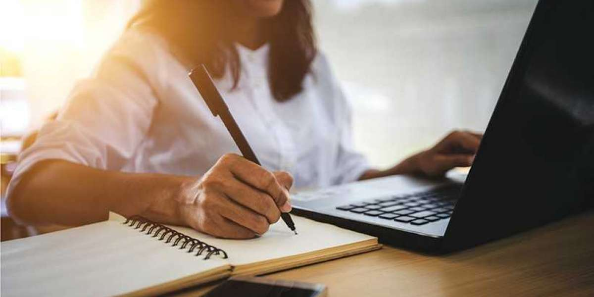 6 Tips and Tools to Keep Your Writing Organized