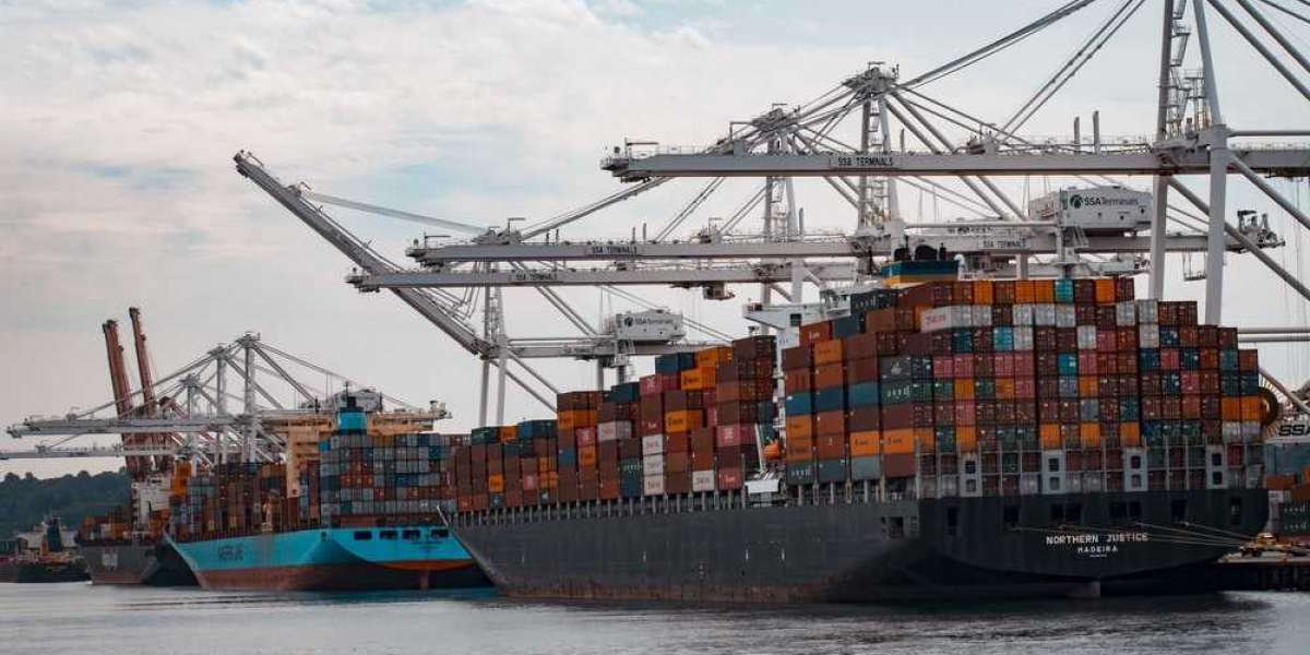 How To Get Into the Import Export Business